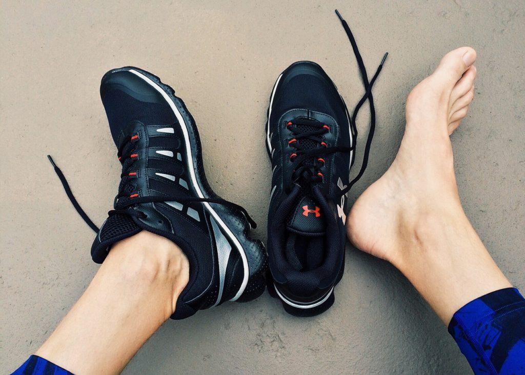 רגלים ונעלים